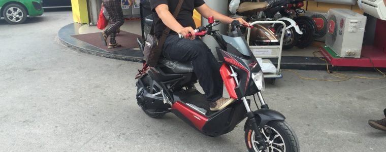 Xe máy điện Xmen yadea 2016 chạy nhanh nhất Viet Nam thời điểm hiện tại